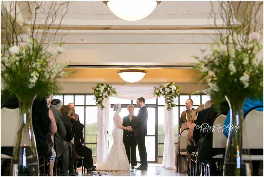 simple modern chuppah lake quiviria country club hitched planning and floral a day to adore photography