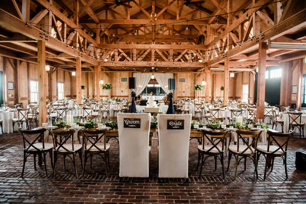 rustic barn wedding kansas city